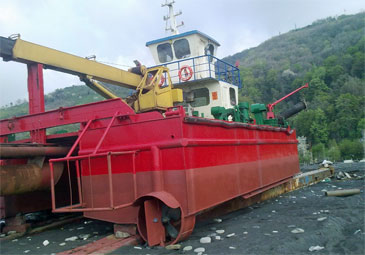 325 mm (12-inch) Water Injection Dredger