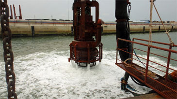 3,500 m3 Non Propelled Sand Pump & Loading Dredger